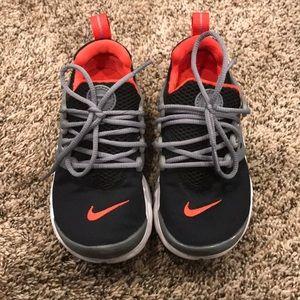 Nike TennIs Shoes 12